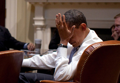 ObamaFacePalmNotLookingHappy